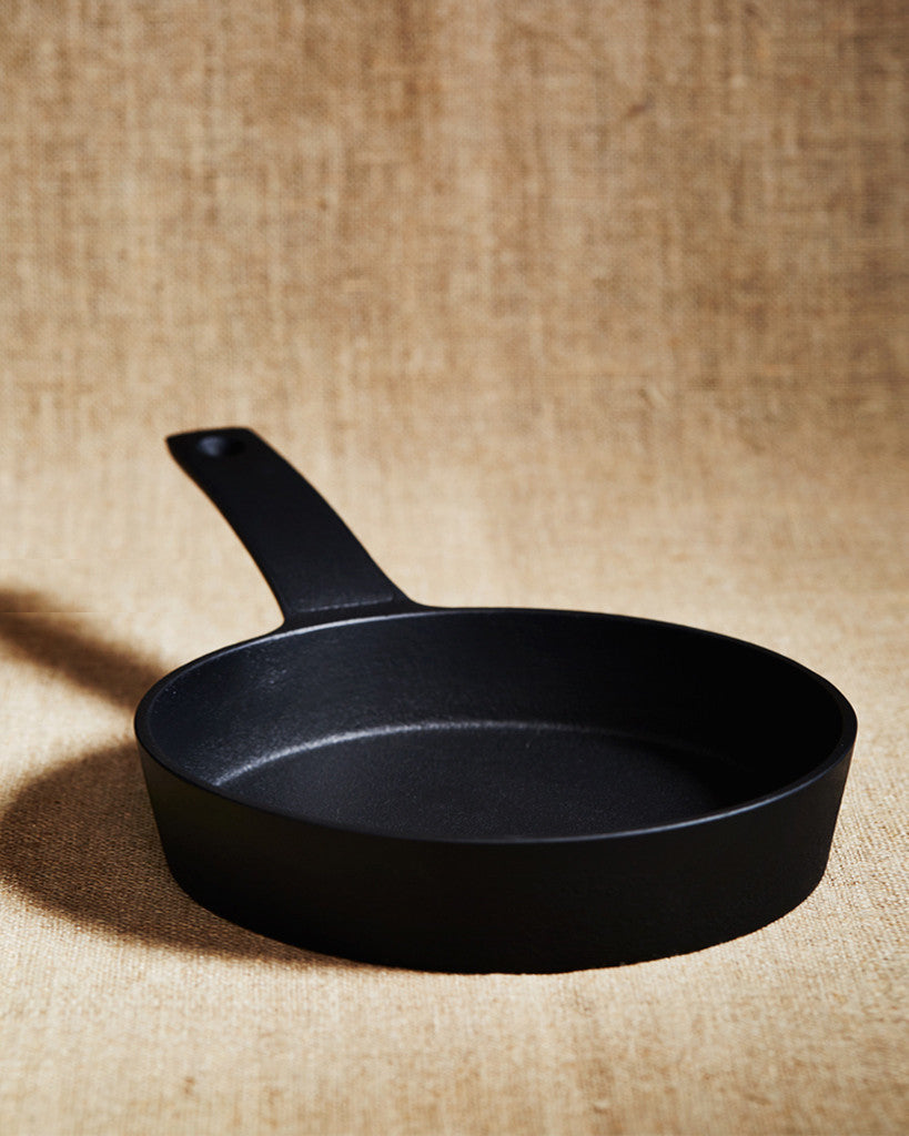 Nobuho Miya Cast Iron Oval Pan (OUT OF STOCK)
