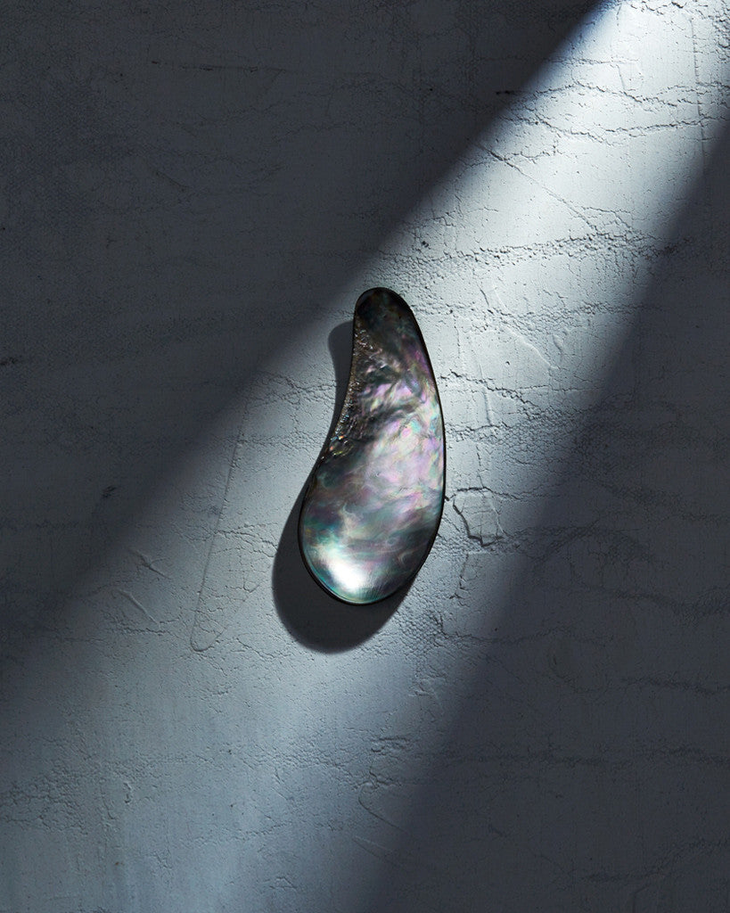 Pat Kim Design x Nalata Nalata Mother of Pearl Caviar Scoop