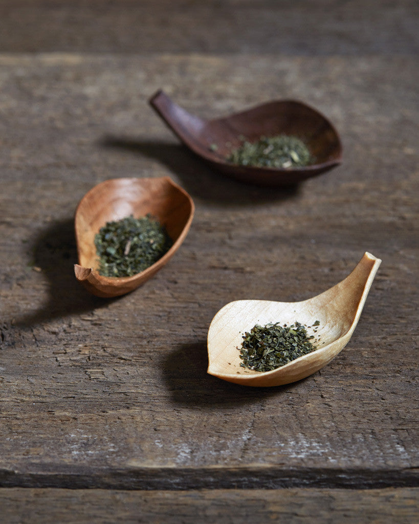 Takashi Tomii Lotus Tea Scoop - Walnut (OUT OF STOCK)