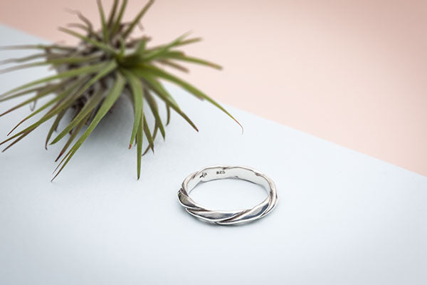 Triangular Rope Ring