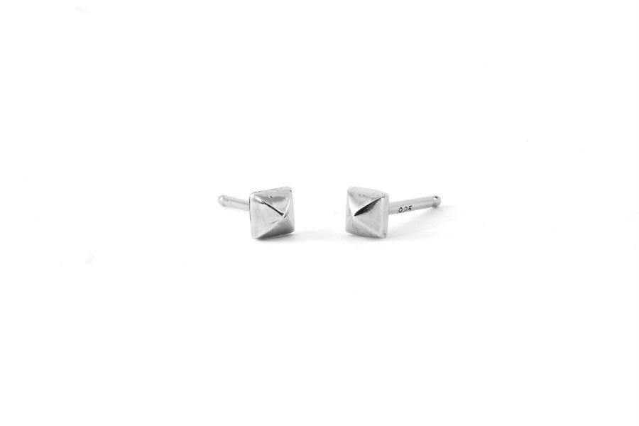 Load image into Gallery viewer, Petite Pyramid Stud Earrings