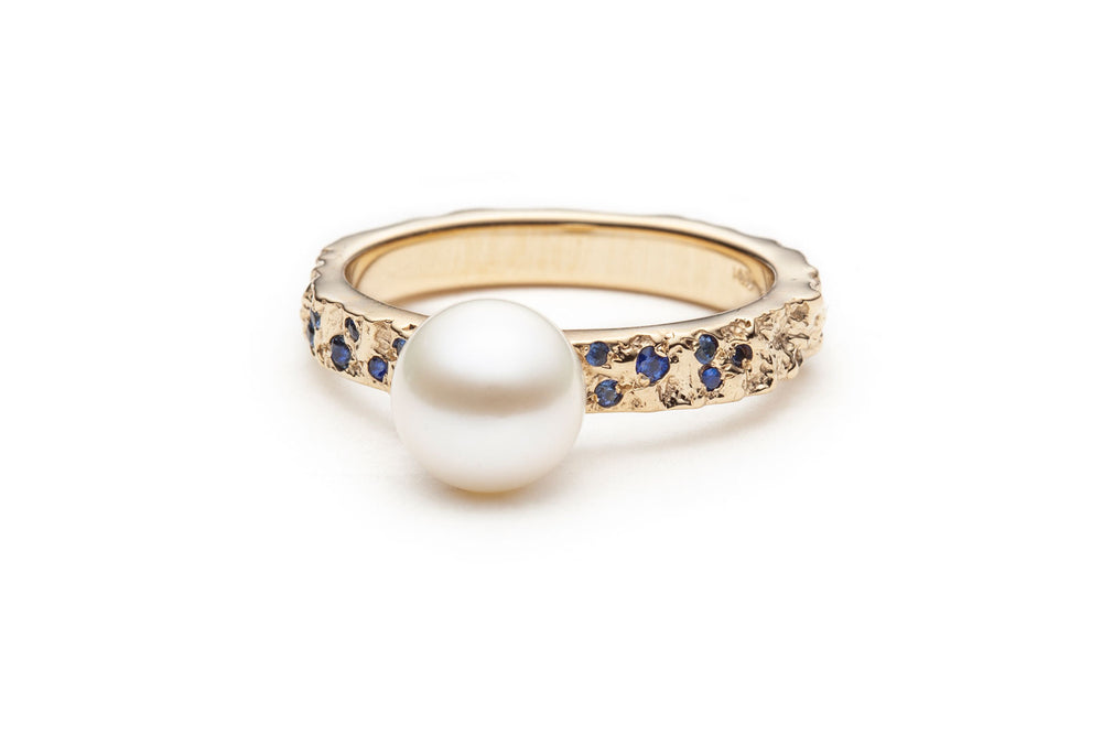 Load image into Gallery viewer, Mineral Pearl & Sapphire Ring in Gold