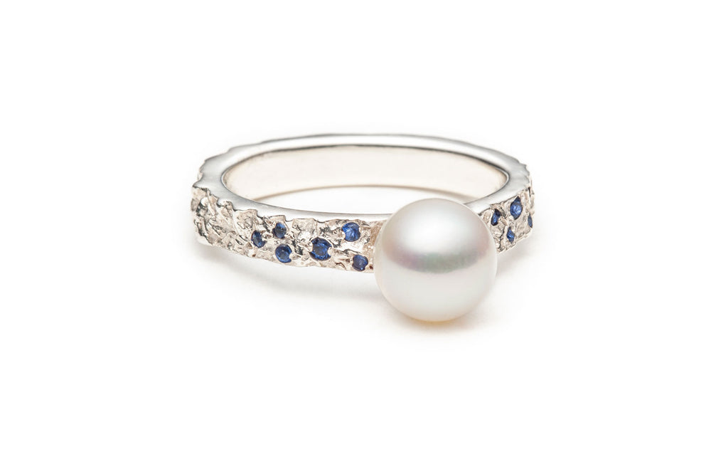Load image into Gallery viewer, MINERAL PEARL & SAPPHIRE RING IN SILVER