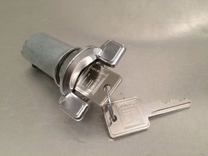 Scout II Ignition Cylinder with Key