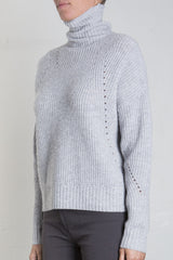 DYLAN CASHMERE BLEND TURTLE NECK SWEATER - LT GRY