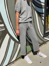 THE GREAT Wide Leg Cropped Sweatpant - Varsity Grey