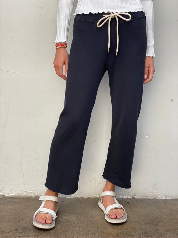 THE GREAT Wide Leg Cropped Sweatpant - Almost Black