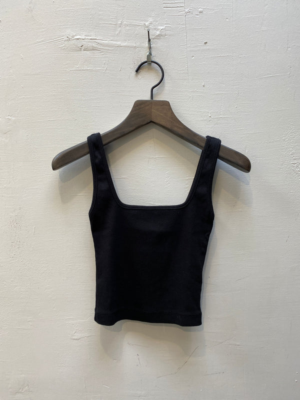 NSF Mira Square Neck Crop Tank - Black