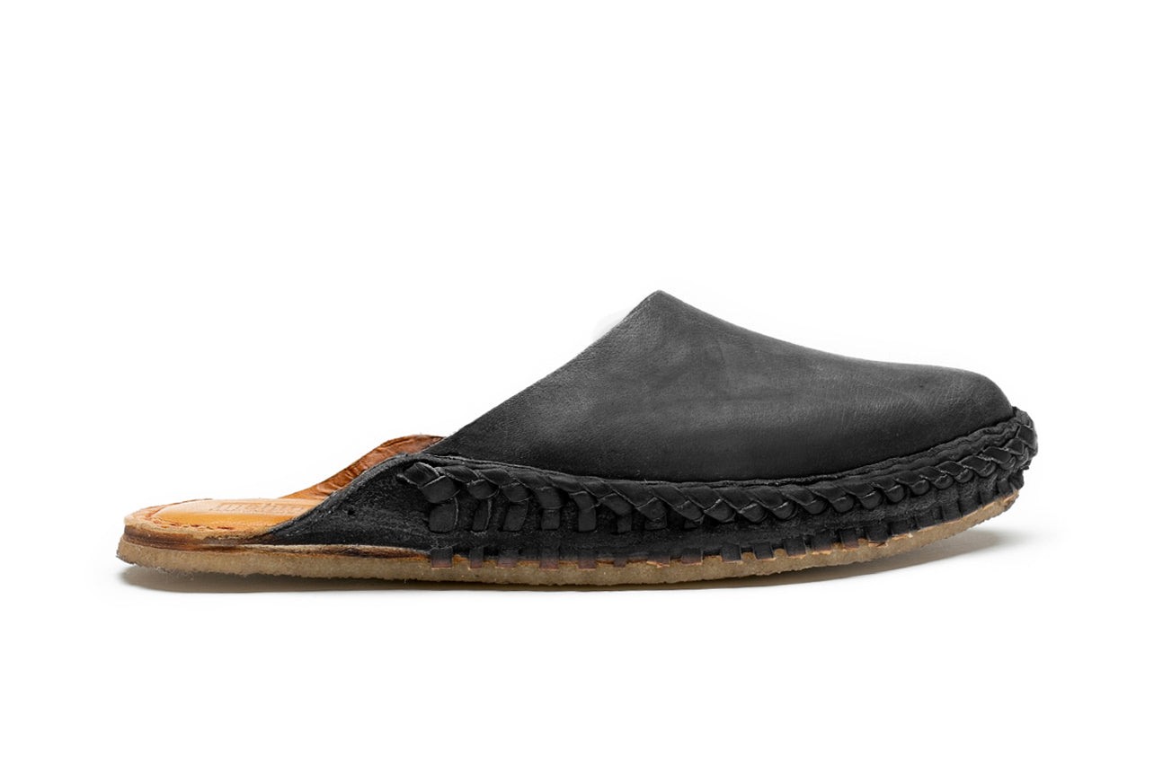 Solid Slide / Iron-Dyed Leather