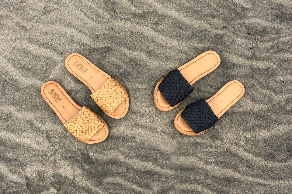 Woven Sandal / Iron-Dyed Leather