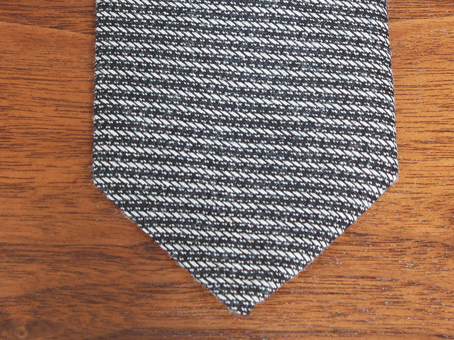White Stripes Revival Horizontal Stripe Tie