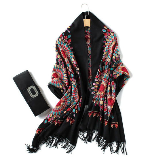 2019 luxury brand cashmere women scarf winter warm embroidery shawls and wraps