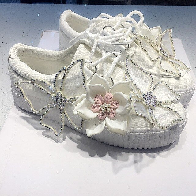 Luxury Women Canvas Appliques Flower Diamonds Platform Lace Up Casual Fashion Cosplay Lady Kawaii Lolita Shoes
