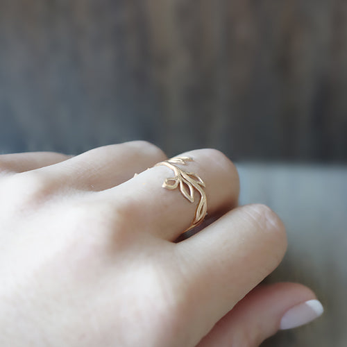 Little Gold Twig Ring