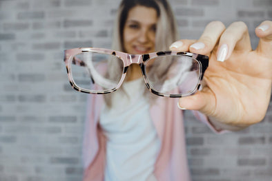5 tips and tricks for those that wear glasses