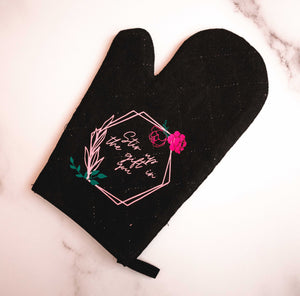 Stir Up The Gift Oven Mitt