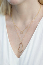 Load image into Gallery viewer, Delicate Dot Necklace
