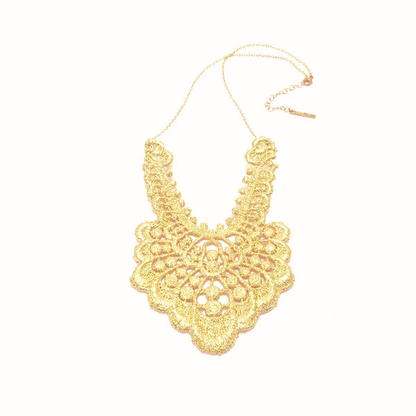 Statement Gold lace pendant necklace