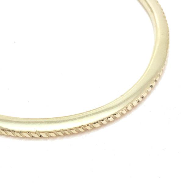 Half chevron bangle