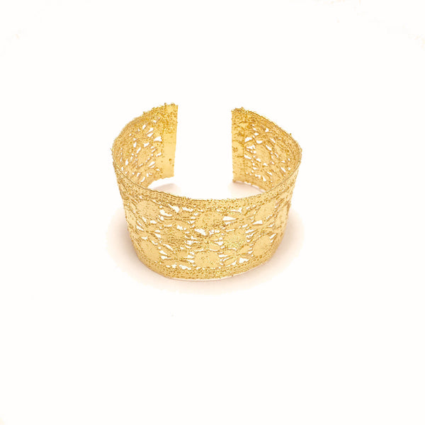 Vintage Gold lace cuff two flowers