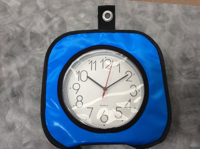 Clock with bag (random colours)