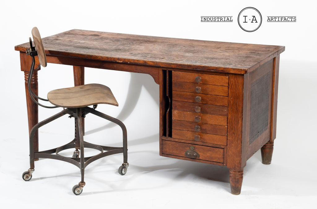 Antique Quartersawn Oak Draftsman's Desk