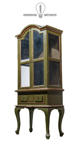 Chippy Display Cabinet in Green