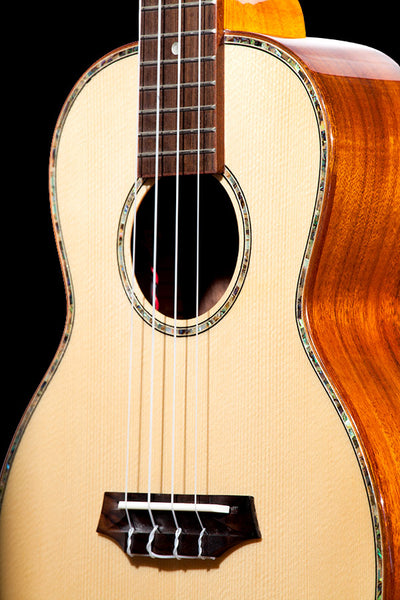 Limited Edition TK-70KE Solid Spruce & Koa with EQ tuner Tenor