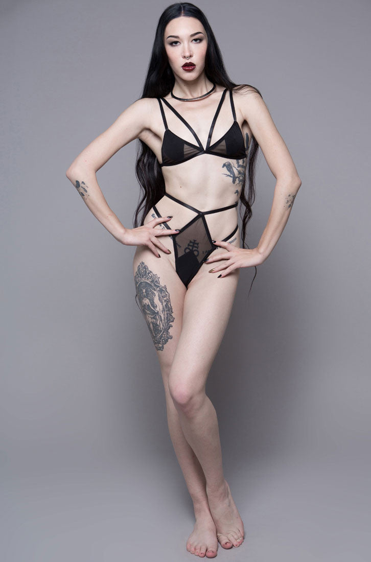 HOUSE OF WIDOW - SHEER HI WAIST YOMI KOKKU MESH THONG - FETISH