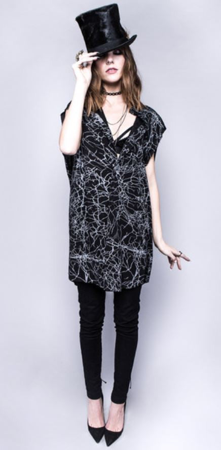 HOUSE OF WIDOW - IN VAIN UNISEX RAYON CHALLIS BUTTON UP TOP IN BLACK & WHITE - FETISH