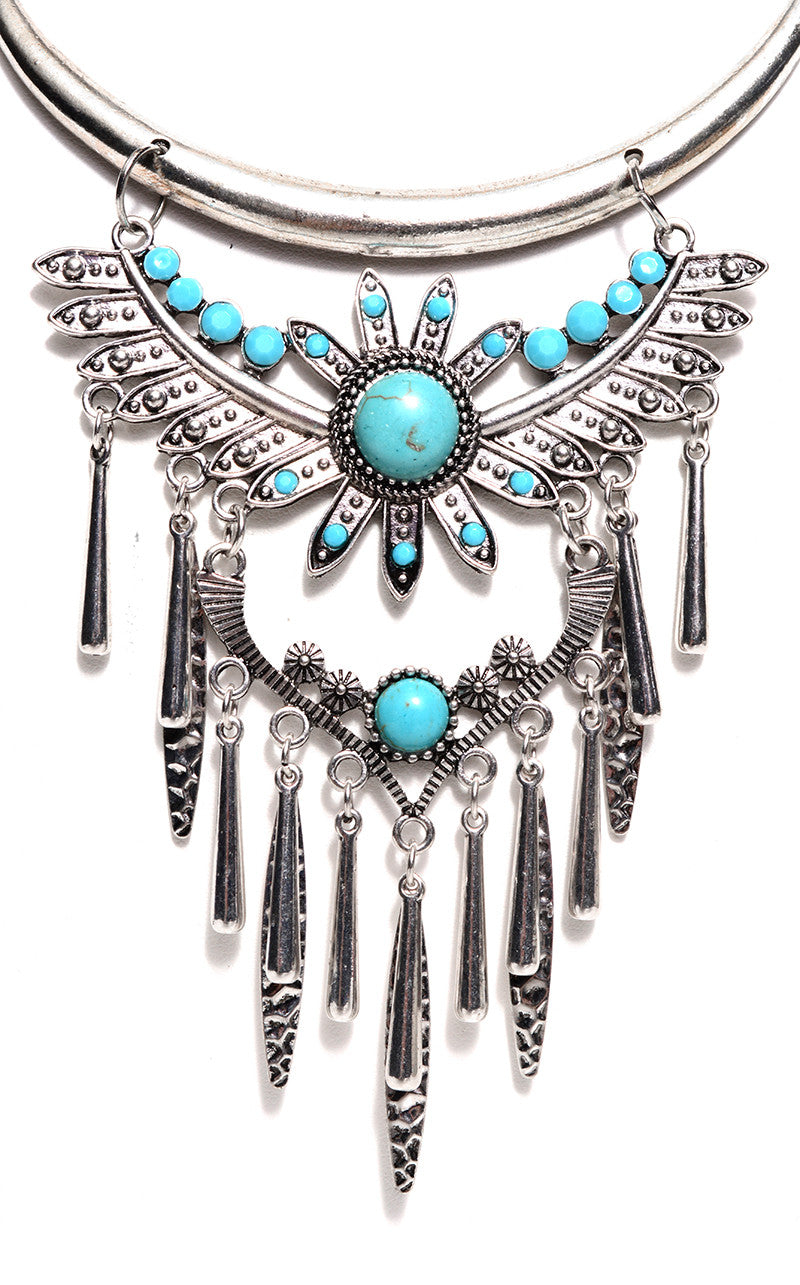 TURQUOISE FLOWER FRINGE NECKLACE