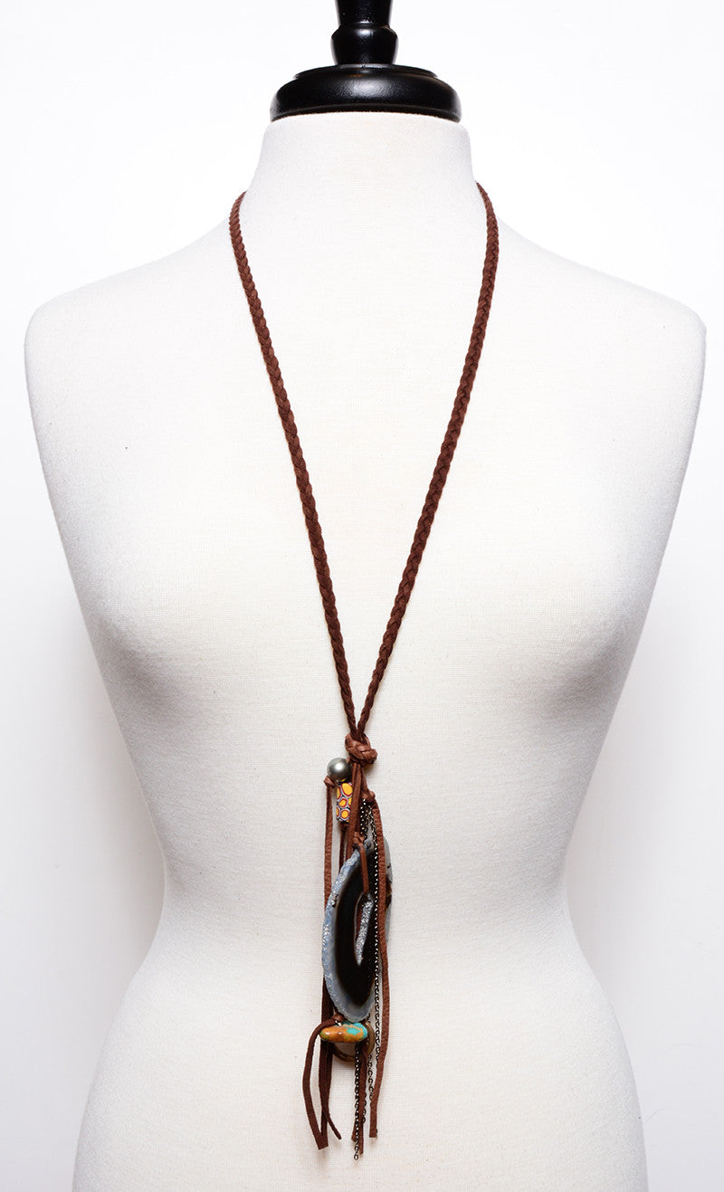 STONE FRINGE BRAIDED LEATHER NECKLACE IN MOCHA