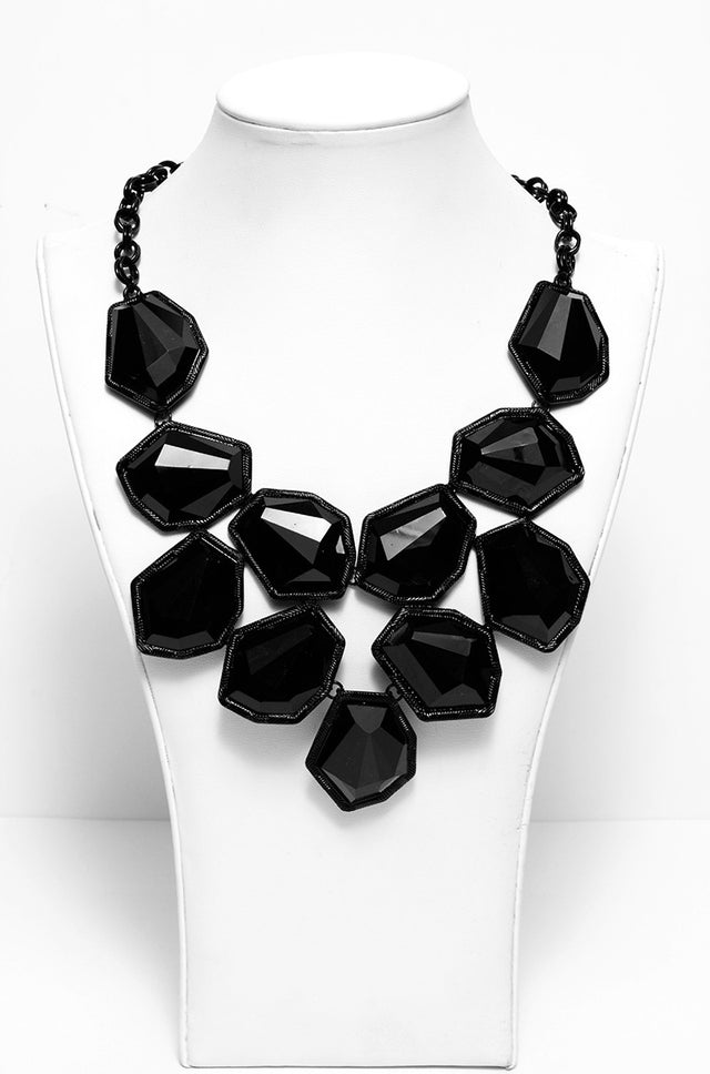 FACETED ACRYLIC ORNATE BIB NECKLACE IN BLACK