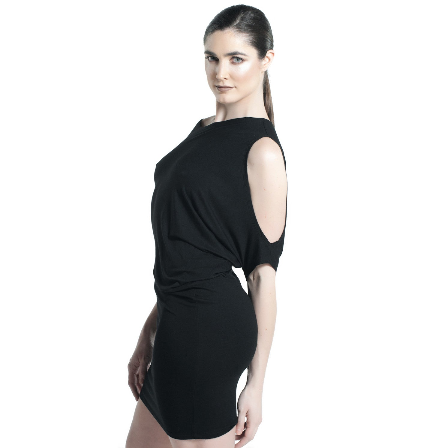 ASYMMETRICAL SHOULDER CUT JERSEY TUNIC DRESS IN BLACK