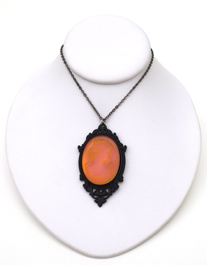 GASOLINE GLAMOUR - HAVANA SUNSET GLASS LADY CAMEO NECKLACE - FETISH