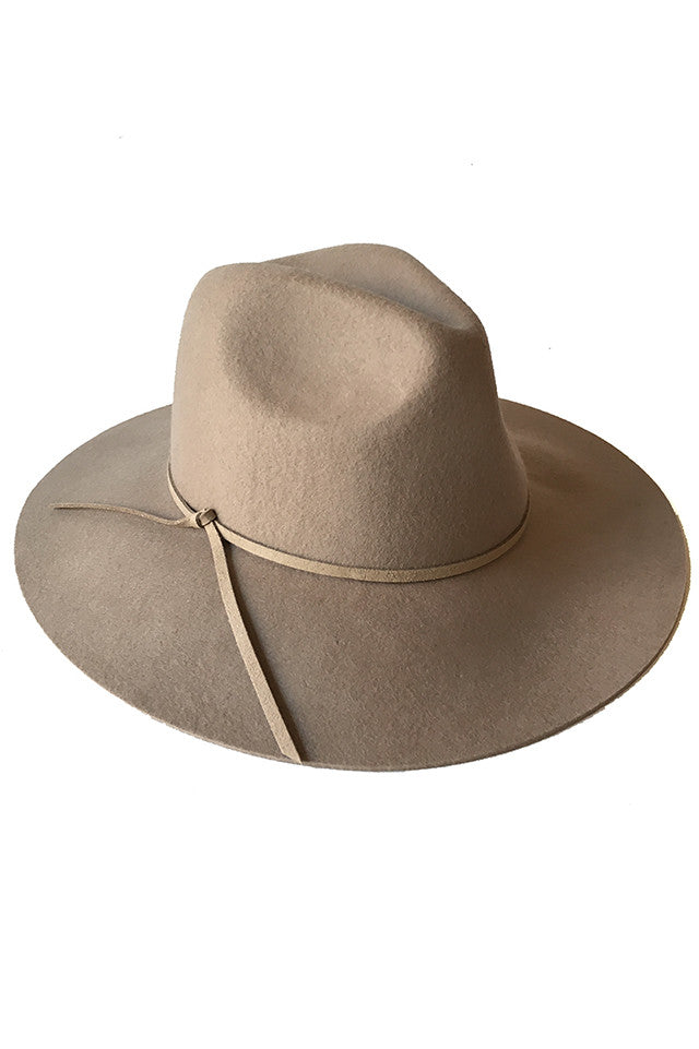 INDY HAT IN BEIGE