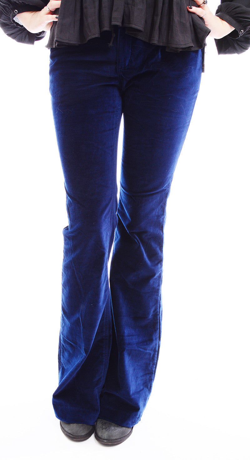 FREE PEOPLE - OXANNA RETRO VELVET FLARES IN ROYAL BLUE - FETISH