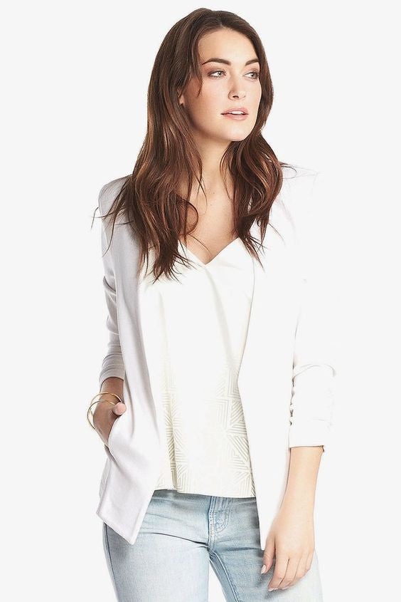 THE OLGA BLAZER IN WHITE