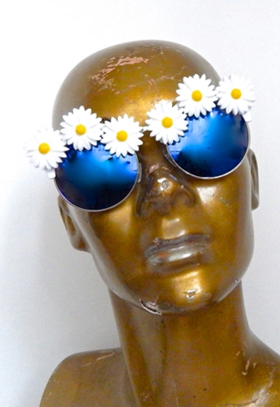 SWAN RIVER DAISY ACID COCO SUNGLASSES