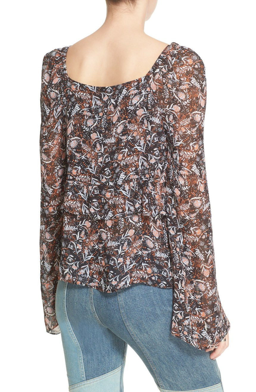 UPTOWN BELL SLEEVE BLOUSE