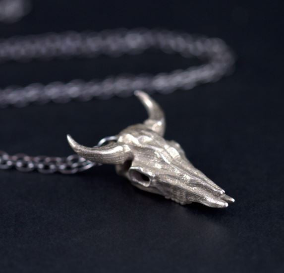 THE ROGUE + THE WOLF - LARGE BISON SKULL NECKLACE IN STEEL - FETISH