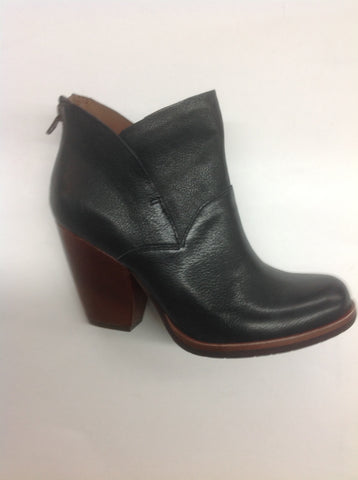 Kork-Ease Castaneda Black