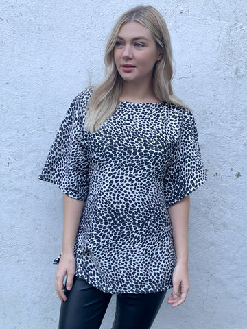 Black and White Leopard Print Atlas Top