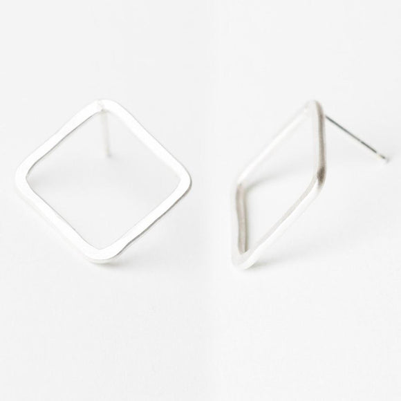 E125 - Square Post Earring
