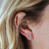 E131 - Bar Post Earring
