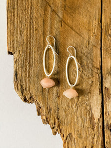 E1966 - ss ovals with peach moonstone drop earrings