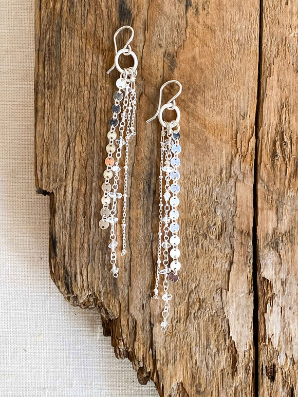 E1928 - ss small hoops with fringe chain dangle and clear crystal point quartz