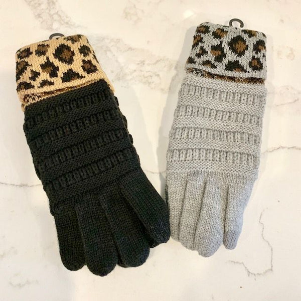 Cable Knit Leopard Cuff Gloves