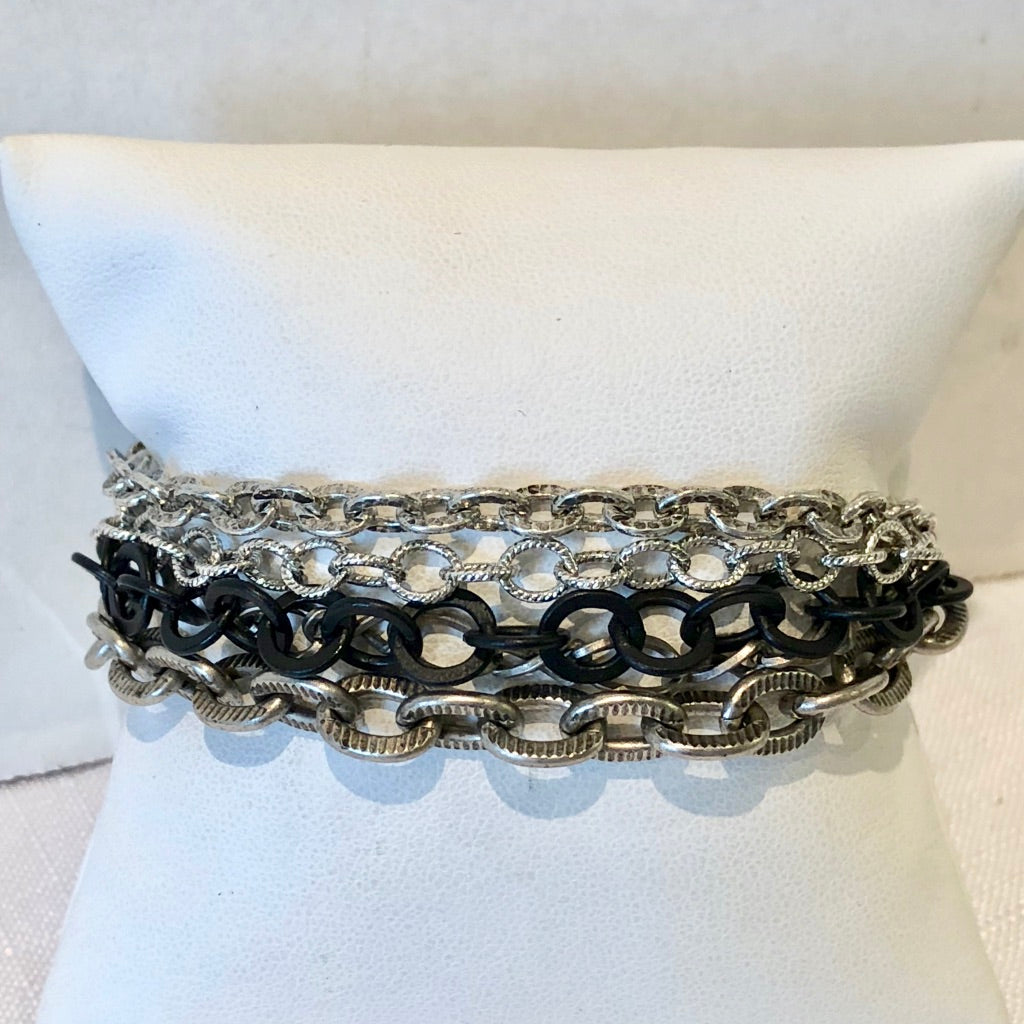 Multichain Bracelet with Large Black Chain