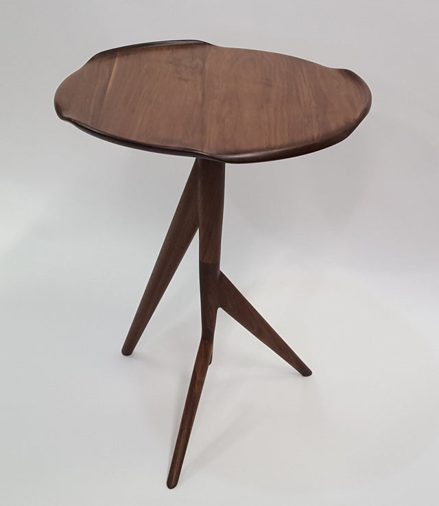Twig Side Table w/Wavy Top